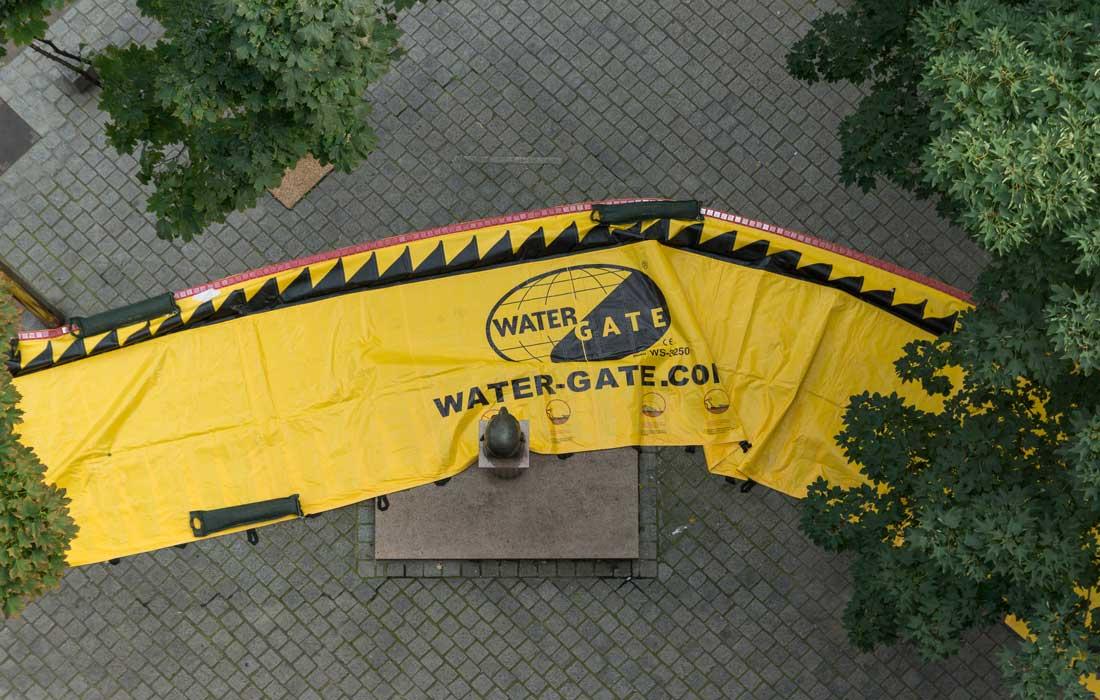 Les protections anti-inondation souples Water-Gate© permettent d'épouser les obstacles